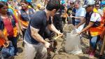 Kenji Fujimori participó en construcción de diques para evitar desborde de río Huaycoloro [Video] - Noticias de clases sociales