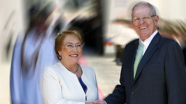 La presidenta de Chile, Michelle Bachelet, y el presidente peruano Pedro Pablo Kuczynski. (EFE)
