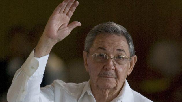 Mandatario cubano expresó solidaridad a nuestro país tras desastres naturales.  (AP)