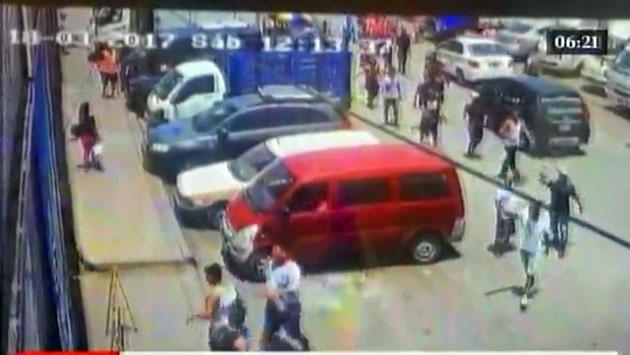 Una treintena de delincuentes en Carabayllo. (América Noticas / Captura)