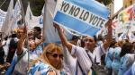 Marcha de docentes se lleva a cabo en Plaza de Mayo (AFP).