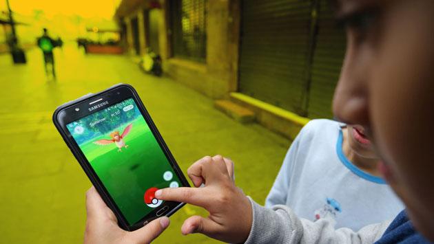 Felices usuarios de Pokémon Go en Lima. (USI)