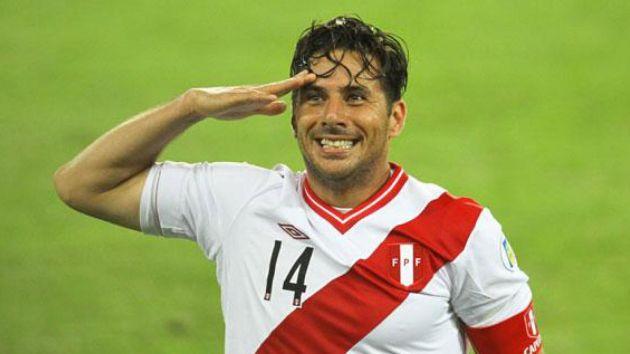 Claudio Pizarro tiene 38 años y es titular en el Werder Bremen.