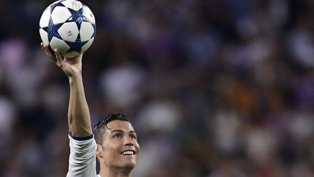 Ronaldo marcó tres de los cuatro goles del Real Madrid sobre Bayern Munich por los cuartos de final de la Champions League.  (AFP)