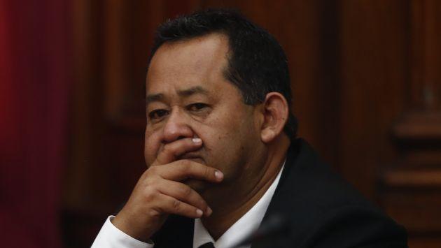 """""""Es un tema cerrado. Hay cosas tan trascendentales en el país que hay que ocuparse de eso"""", señaló Bienvenido Ramírez a Perú21. (Renzo Salazar)"""