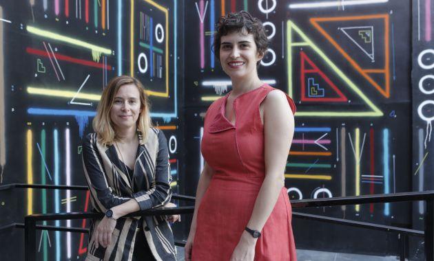 Sandra López y María Isabel López dieron charlas sobre gestión cultural a ilustradores de cómics (Piko Tamashiro).