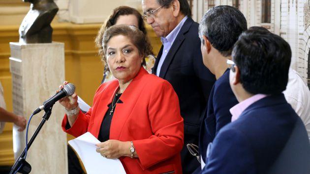 Conducción de Luz Salgado es cuestionada por legisladores (Cesar Cox Beuzeville)
