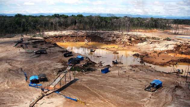 Autorizan ingreso de las FF.AA. a Madre de Dios para luchar contra minería ilegal. (Fabiola Valle)