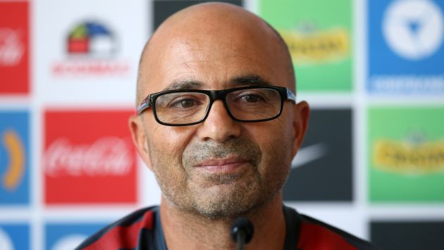 Jorge Sampaoli deberá negociar su salida del club Sevilla para migrar a la selección argentina. (Getty Images)