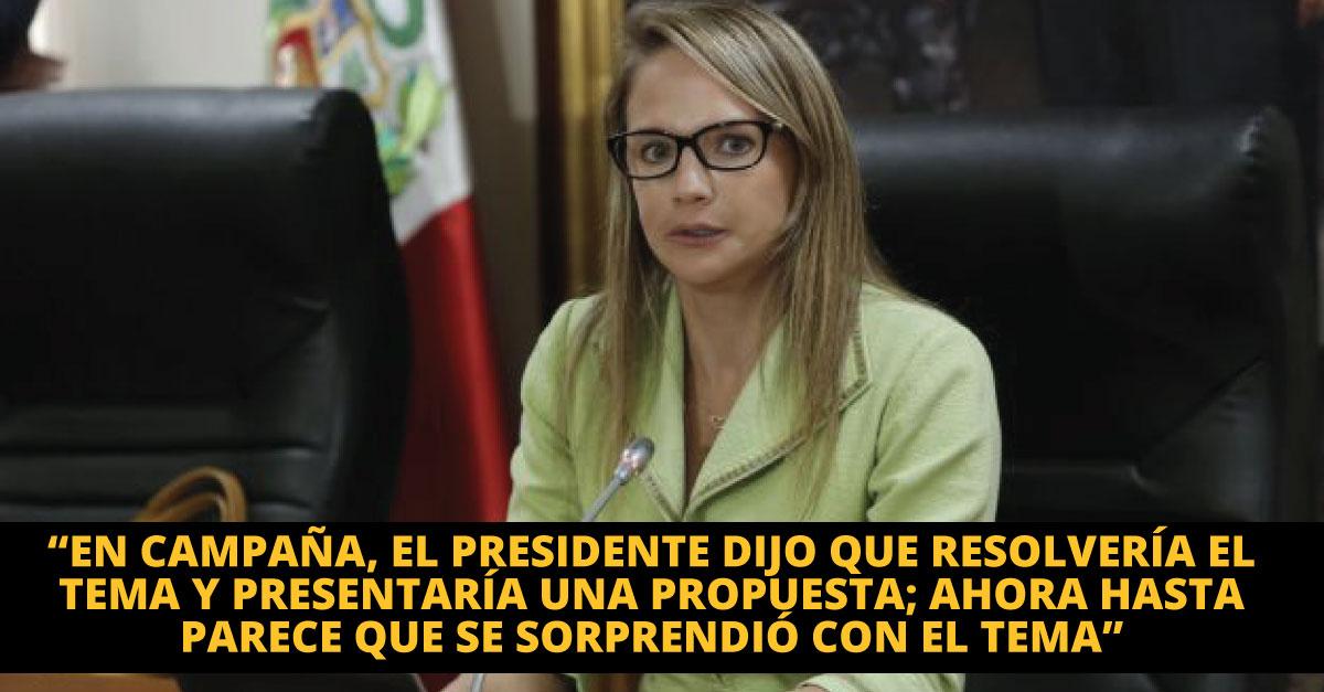"""Luciana León: """"PPK quiere patear el tablero al Congreso"""". (Piko Tamashiro/Perú21)"""