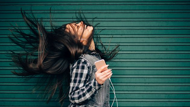 """""""Cada quien encuentra su propia canción que le genera emoción hasta el punto del escalofrío (orgasmos de piel)"""", dice la psicóloga Psyche Loui. (Getty)"""