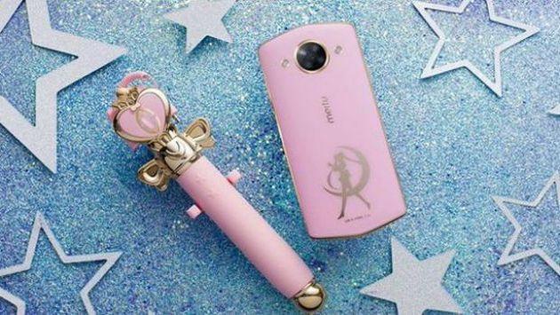 Te mostramos el nuevo smartphone inspirado en 'Sailor Moon' (Meitu)