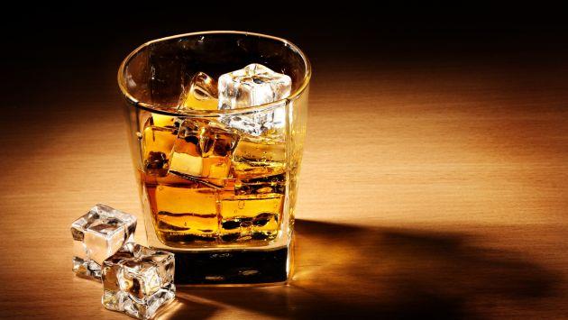 Celebra la semana del whisky (Wallpaper Abyss - Alpha Coders).