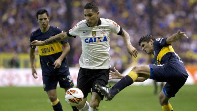 Paolo Guerero nuevamente estaría en los planes de Boca Juniors. ¿Lo dejará ir Flamengo? (AP)