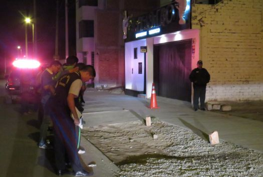 Crimen ocurrió frente al restaurante de la víctima. (Perú21)