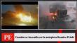 Camión se incendió en plena autopista Ramiro Prialé [VIDEO]