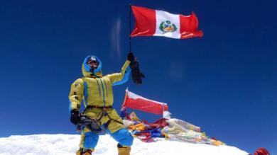 ¡Orgullo! Este es el peruano más joven en conquistar la cima del Everest [FOTOS]