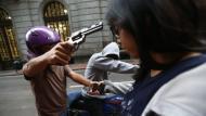 El 10.4% de peruanos mayores de 15 años afirma haber sido blanco de robos con armas de fuego (Renzo Salazar/Perú21)