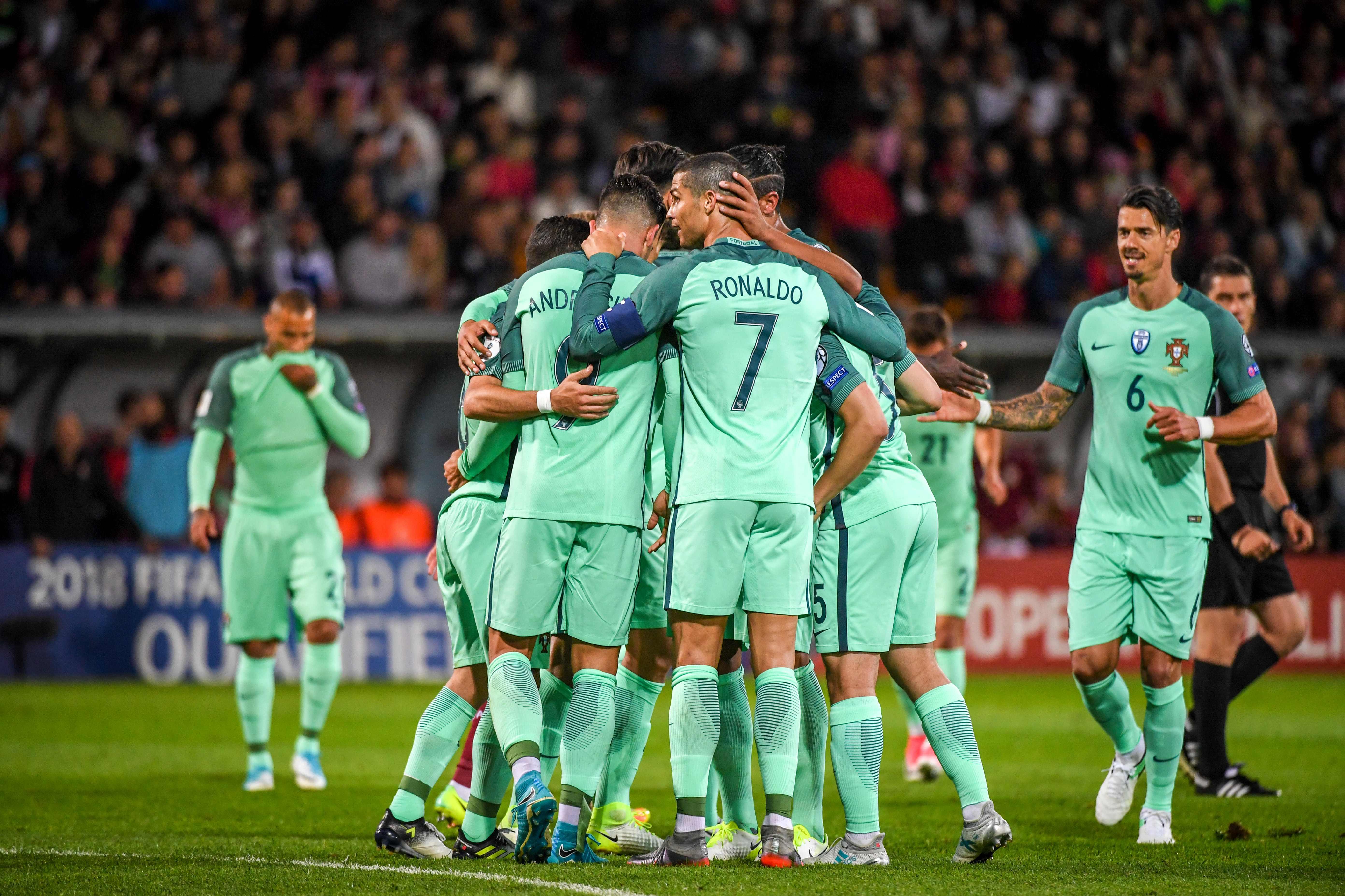 Portugal sumó tres puntos de visita. (AFP)