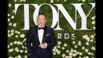 Kevin Spacey se lució al conducir los Premios Tony [FOTOS] - Noticias de bill clinton