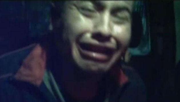 Delincuente llora desesperadamente tras ser capturado por robar a transeúntes. (América TV)