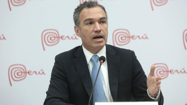 Ministro de Cultura condenó pintas realizadas a muro en Coricancha. (USI)
