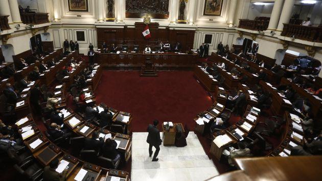 Congreso de la República continúa enfrentamiento con el Ejecutivo (Perú21).