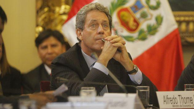 El ministro de Economía Alfredo Thorne, está en una encrucijada. (USI)