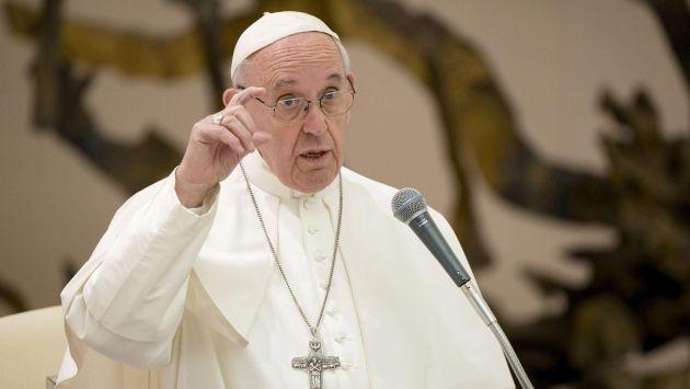 El papa Francisco ha sido cuestionado por su rol durante la dictadura militar en Argentina. (EFE)