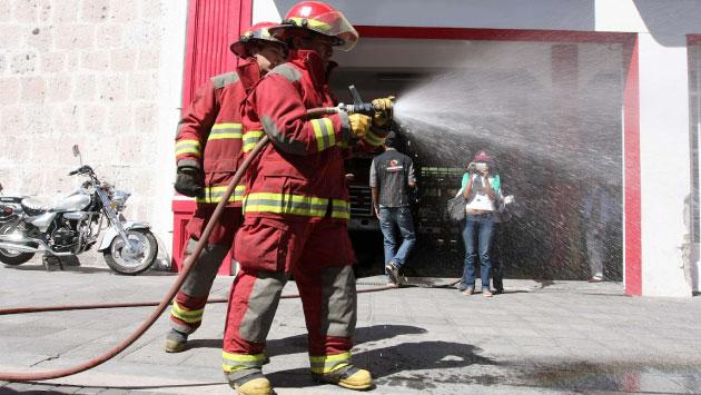 ¿Cómo apoyarías a los bomberos en Lima? (USI)