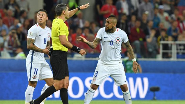 Arturo Vidal, seleccionado de Chile en la Copa Confederaciones 2017, criticó el gol anulado a Eduardo Vargas. (AFP)