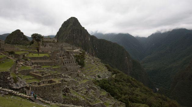 Cusco: Encuentran piso empedrado y vasija para rituales en Machu Picchu. (USI)