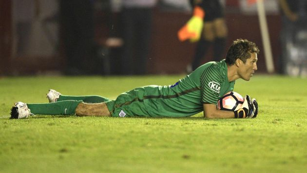 Leao Butrón piensa más en Alianza Lima que en la selección peruana. (AFP)