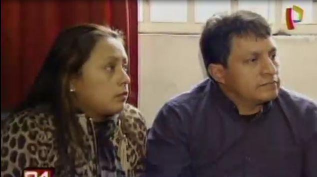 José Fabián y Rocío de Paz Páucar son los dueños de los almacenes del quinto piso. (Captura Panamericana TV)