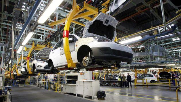 Conoce las características de los nuevos autos, cada vez más seguros (Referencial)