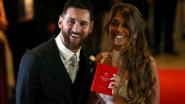 Messi y Antonella Roccuzzo se casaron el último viernes 30 de junio. (Reuters)