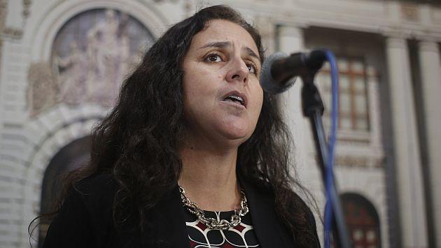 Ministra ha admitido que hubo un mala comunicación con los familiares de los accidentados (Perú21)