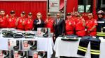 30 trajes y botas valorizadas en US$45 mil fueron donados a los Bomberos - Noticias de bomberos voluntarios del perú