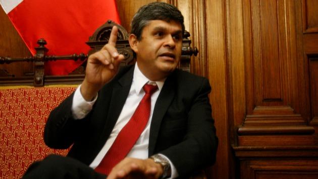 Ex congresista nacionalista indicó que juez debió utilizar otras herramientas antes de dictar prisión preventiva (Perú21).