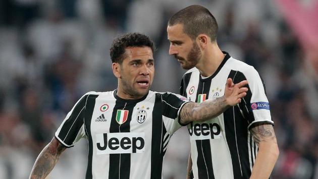 Dani Alves y Bonucci no jugarán más en la Juventus. Ambos cambiaron de equipo para la siguiente temporada. (Getty Images)