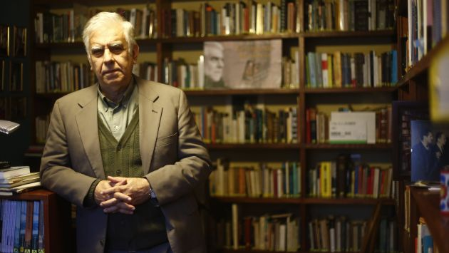 La entrevista tuvo lugar en la tienda de Íbero Librerías del C.C. La Rambla. (Perú21)