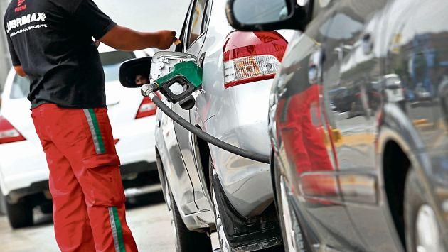 Alzas se dan pese a que el precio internacional del petróleo cayó 13.07% en junio.  (Perú21)