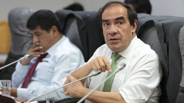 """Yonhy Lescano: """"En octubre se decide ley antitránsfugas"""". (USI)"""