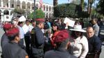 Profesores de Sutep y Sute se pelearon en Plaza de Armas de Arequipa - Noticias de walter ibnez