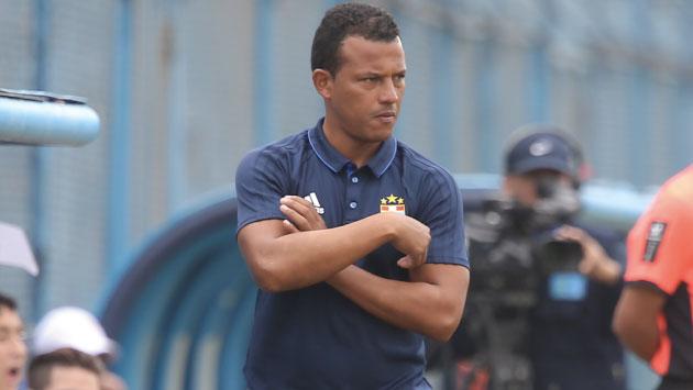 Pablo Zegarra asumió de manera interina el cargo de director técnico de Sporting Cristal. (USI)