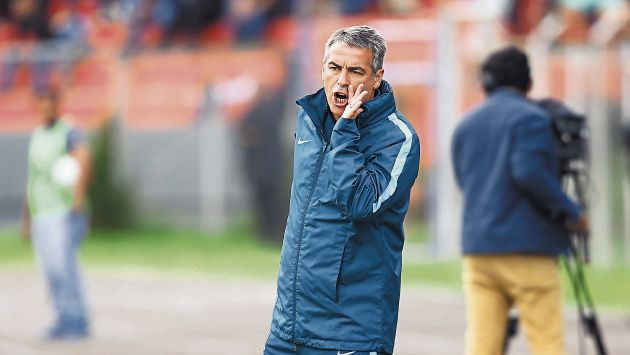 Alianza Lima: Pablo Bengoechea respondió a críticas del técnico de Sporting Cristal