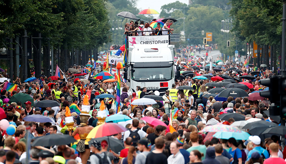 Así se realiza el desfile del orgullo gay en Berlín [FOTOS]