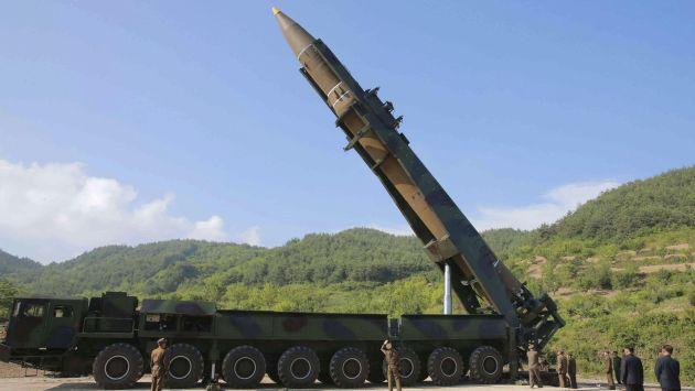 Militares de EE.UU. y Corea del Sur analizan una posible respuesta tras disparo de Corea del Norte (Efe).