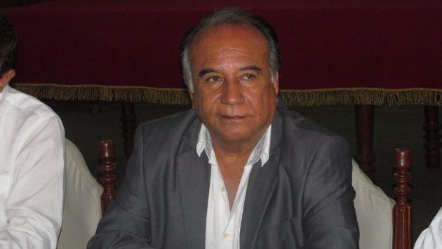 Óscar Miranda ve difícil panorama (Jorge Merino/Perú21).