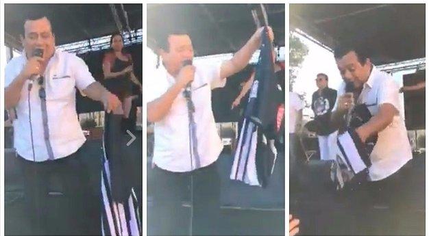 Rosado bromeó con la camiseta de Alianza en mano.